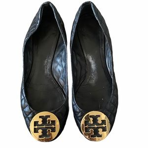 Tory Burch black quilted flats size 9.5